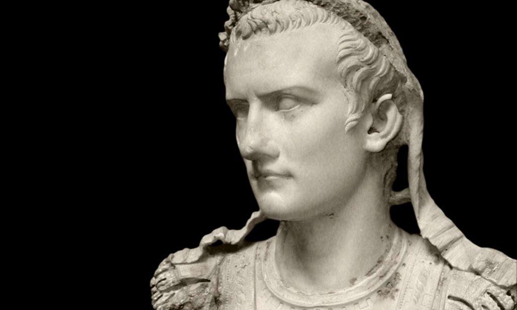 Busto in marmo dell'imperatore Caligola oggi al Ny Carlsberg Glyptotek, Copenaghen