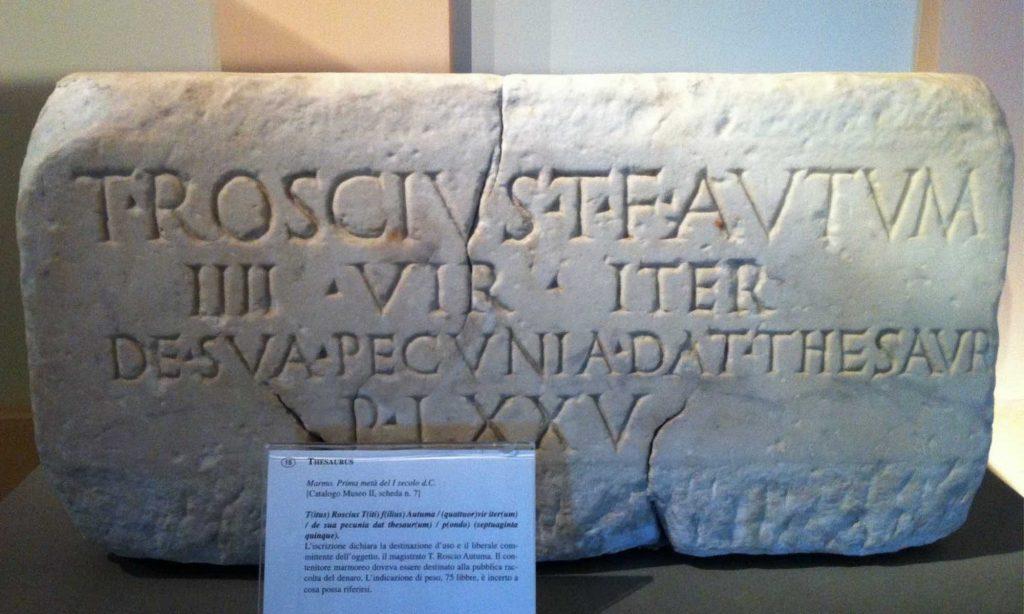 Reperto archeologico di un thesaurus nel museo archeologico di Amelia