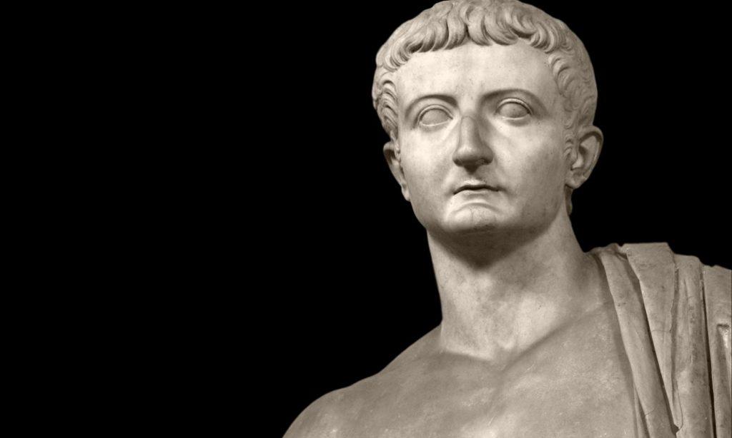 Particolare dalla statua di Tiberio ai Musei Vaticani