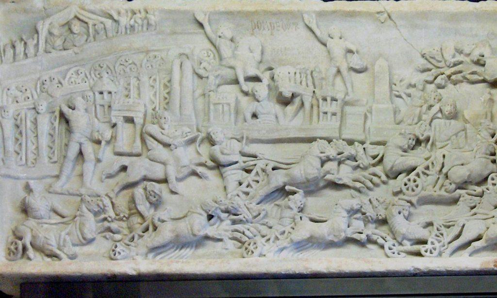 Scultura marmorea con rappresentazione dei Ludi
